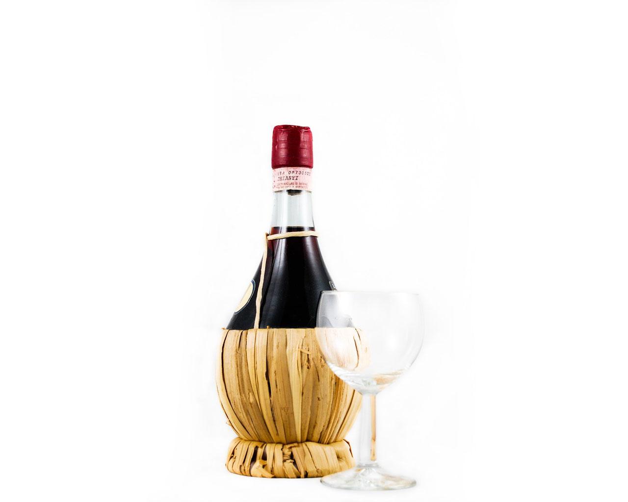 Artisanal red wine